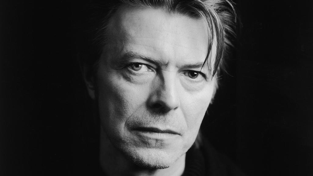 I'm a Blackstar: the fashion of Bowie's farewell