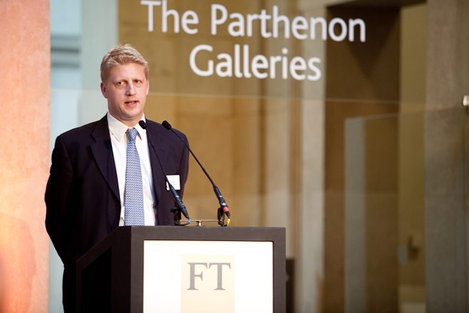 Jo Johnson visits quantum laboratories following announcement of £204m science fund