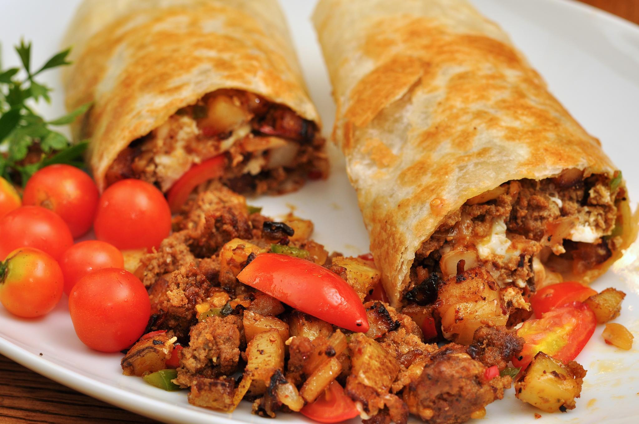 El Mexicana vs. Mission  Burrito
