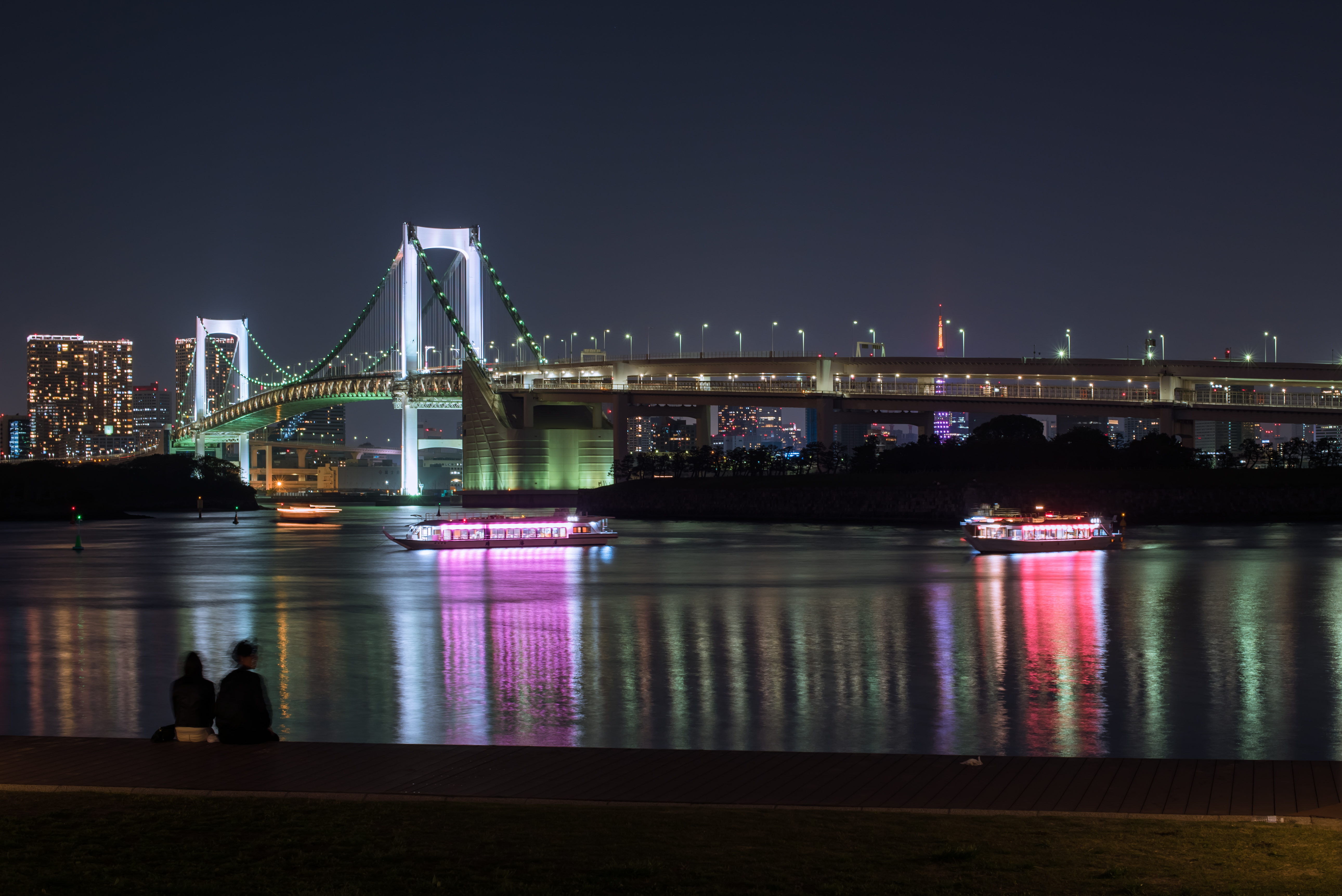 "Art exhibition ""Last Scenes of Tokyo"" review"