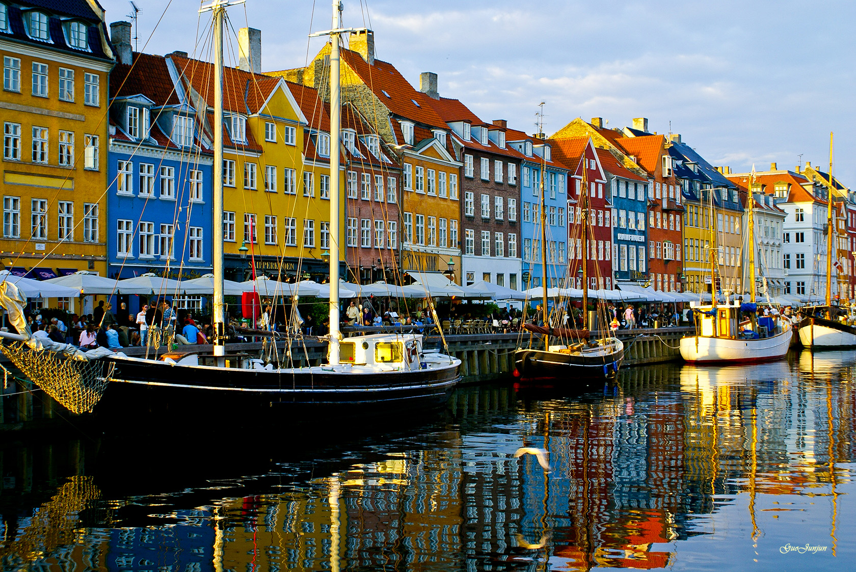 Denmark proves high taxes can mean happiness