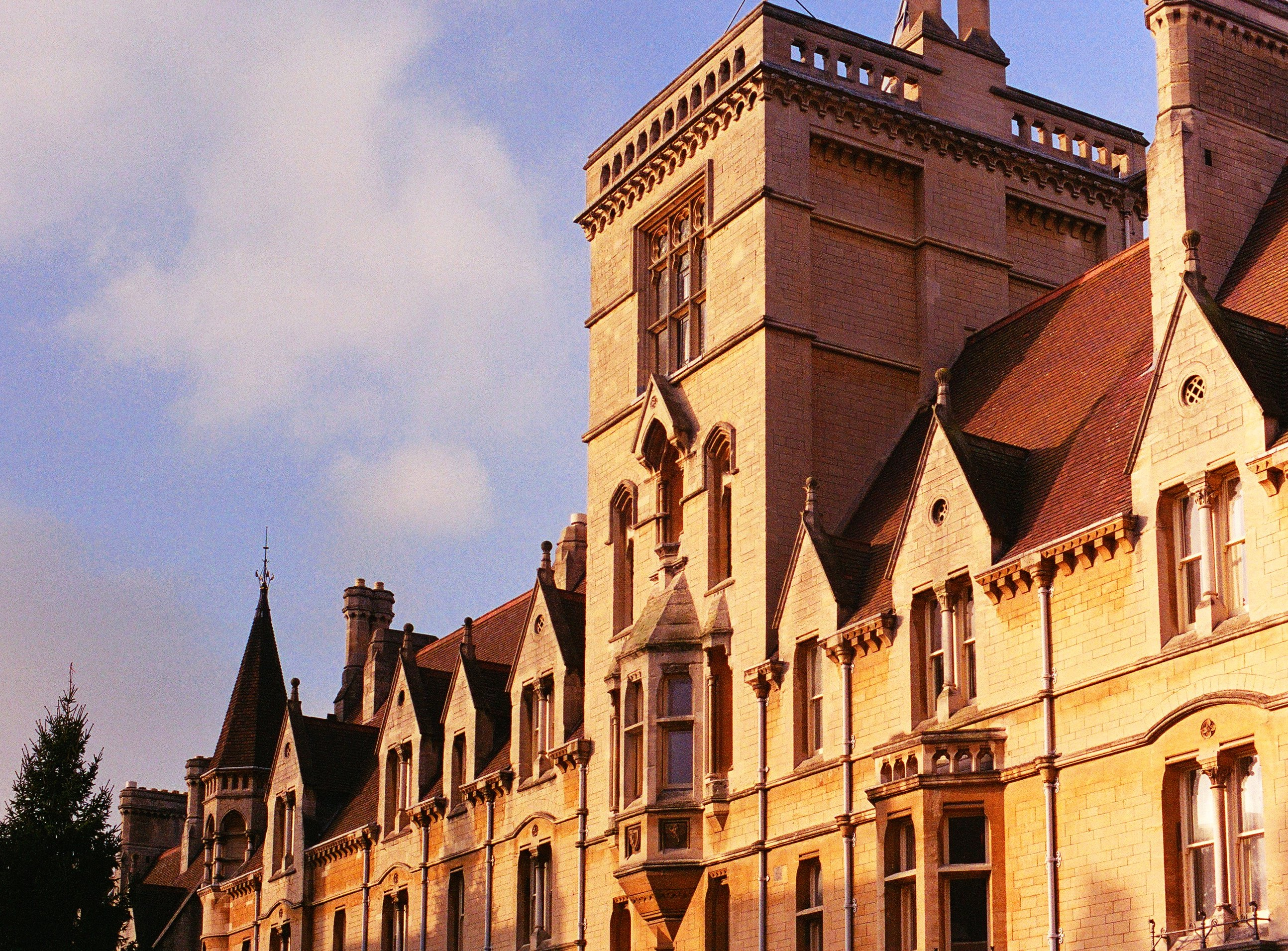 Balliol initiates scholarship for refugees
