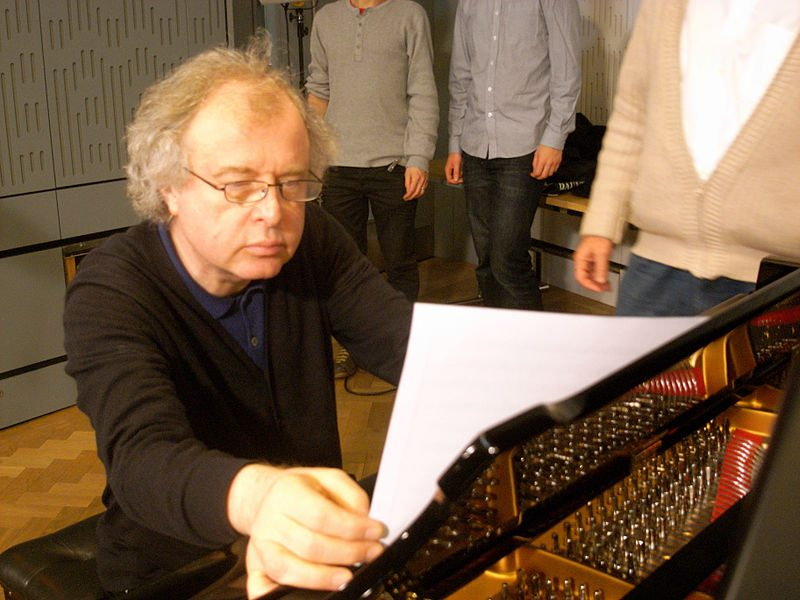 Now this is how you play Beethoven: A review of Andras Schiff's Beethoven Piano Sonatas