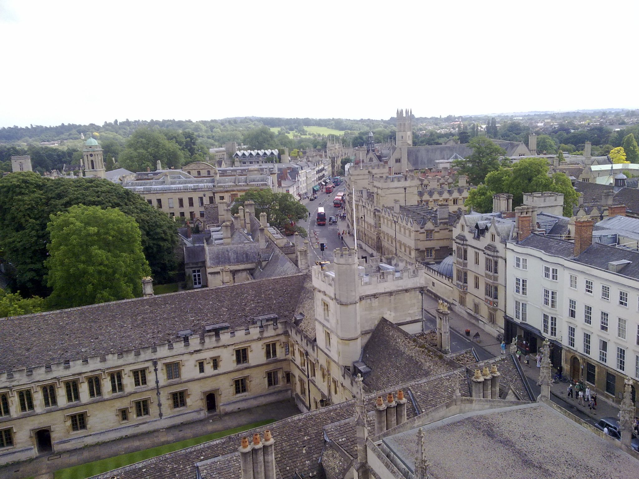 Oxford University reports lowest state admissions figures in Russell Group