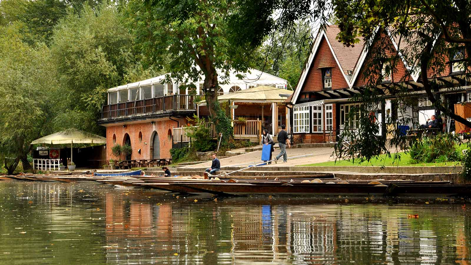 The Cherwell Boathouse: riverside dining