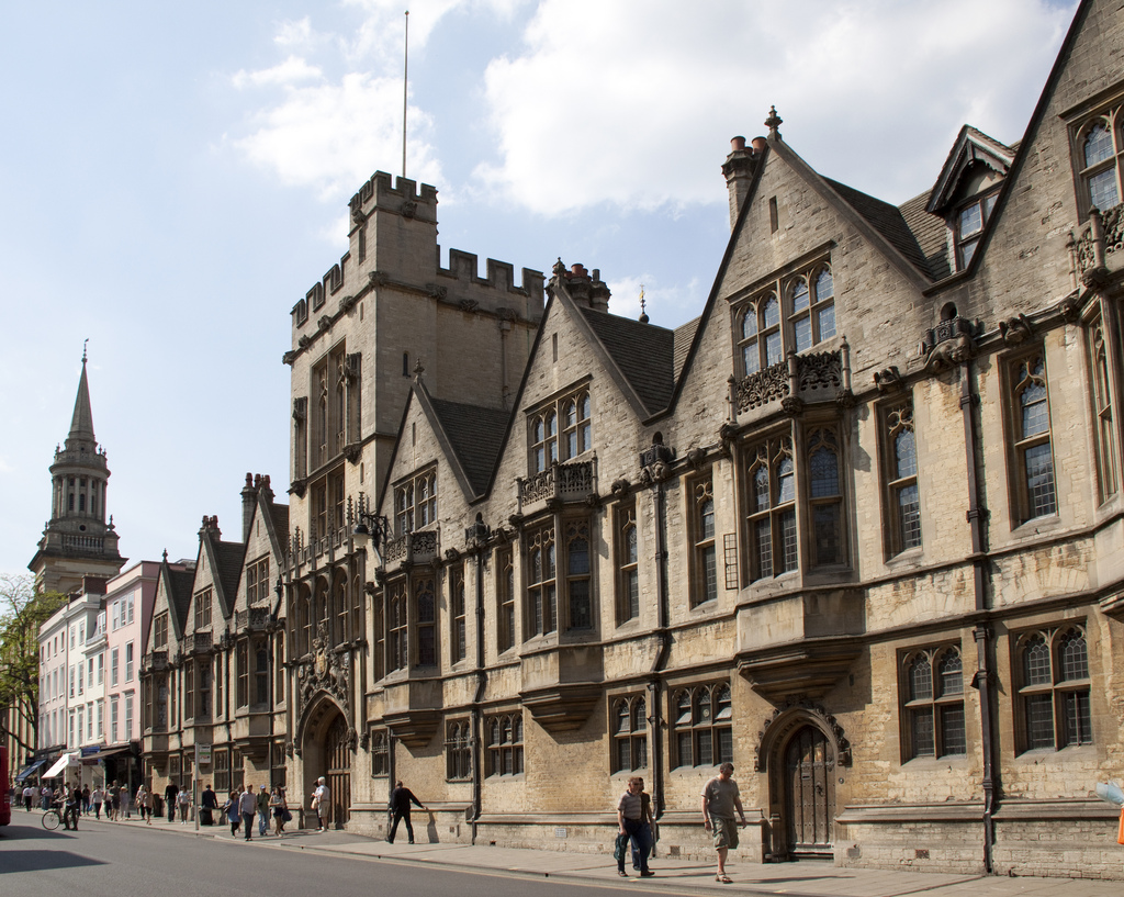 Elitism in Oxford uncovered in access report