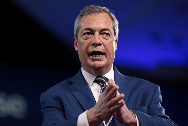 Remainers must not back Farage's stunt
