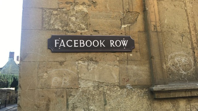 This way to Facebook Row: Oxford's new street signs